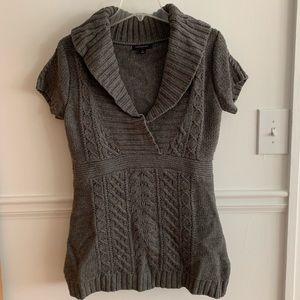 Banana Republic short sleeve sweater tunic